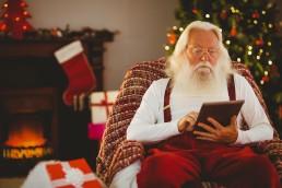 Selbst der Weihnachtsmann arbeitet mit dem Tablet